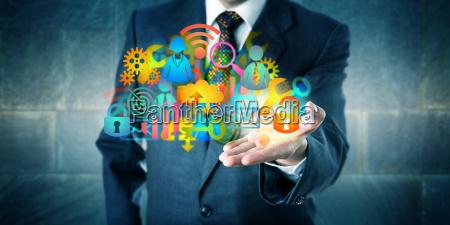 manager bietet eine cloud infrastruktur loesung