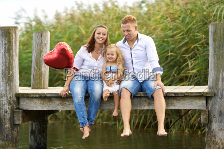 familie am see