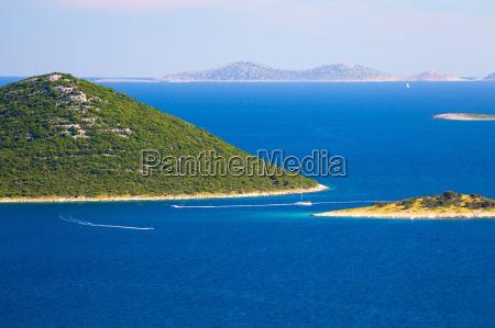 parque nacional yate navegacion velero archipielago