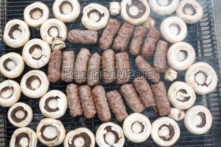 fleisch mit pilzen grillen