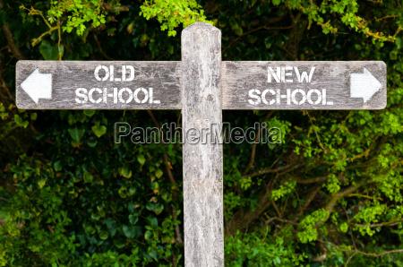 old school versus new school richtzeichen