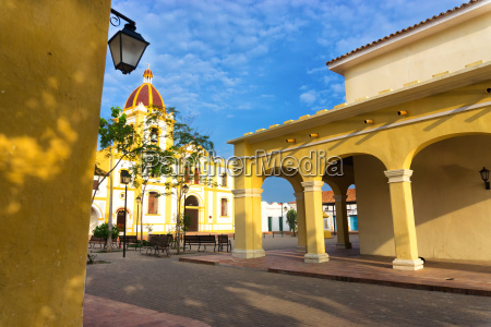 colonial architecture in mompox colombia