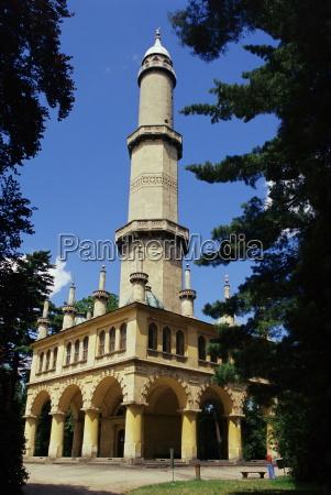 minaret im tuerkischen stil in denburgen