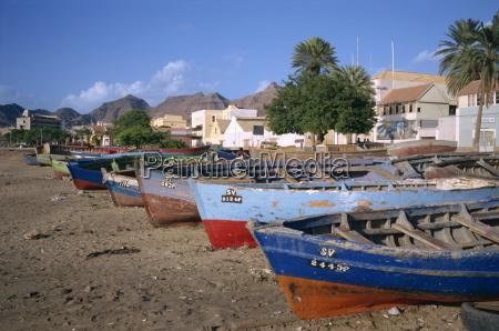 fischerboote in praia do bote in