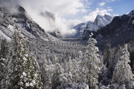 fresh snow fall on el capitan