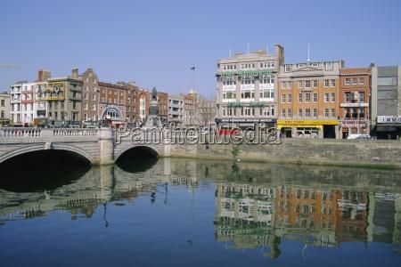 oconnell bridge over the river liffey