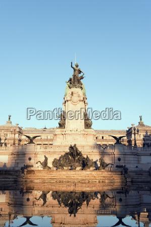 bauten denkmal monument symbolisch stein statue