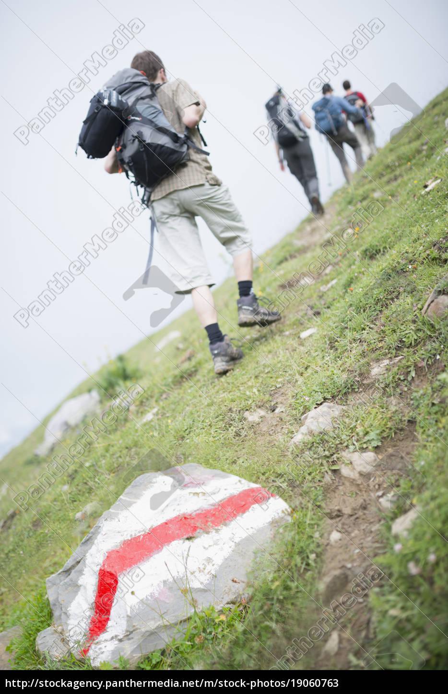 hikers, on, trail, , ovronnaz, , martigny, , valais, - 19060763