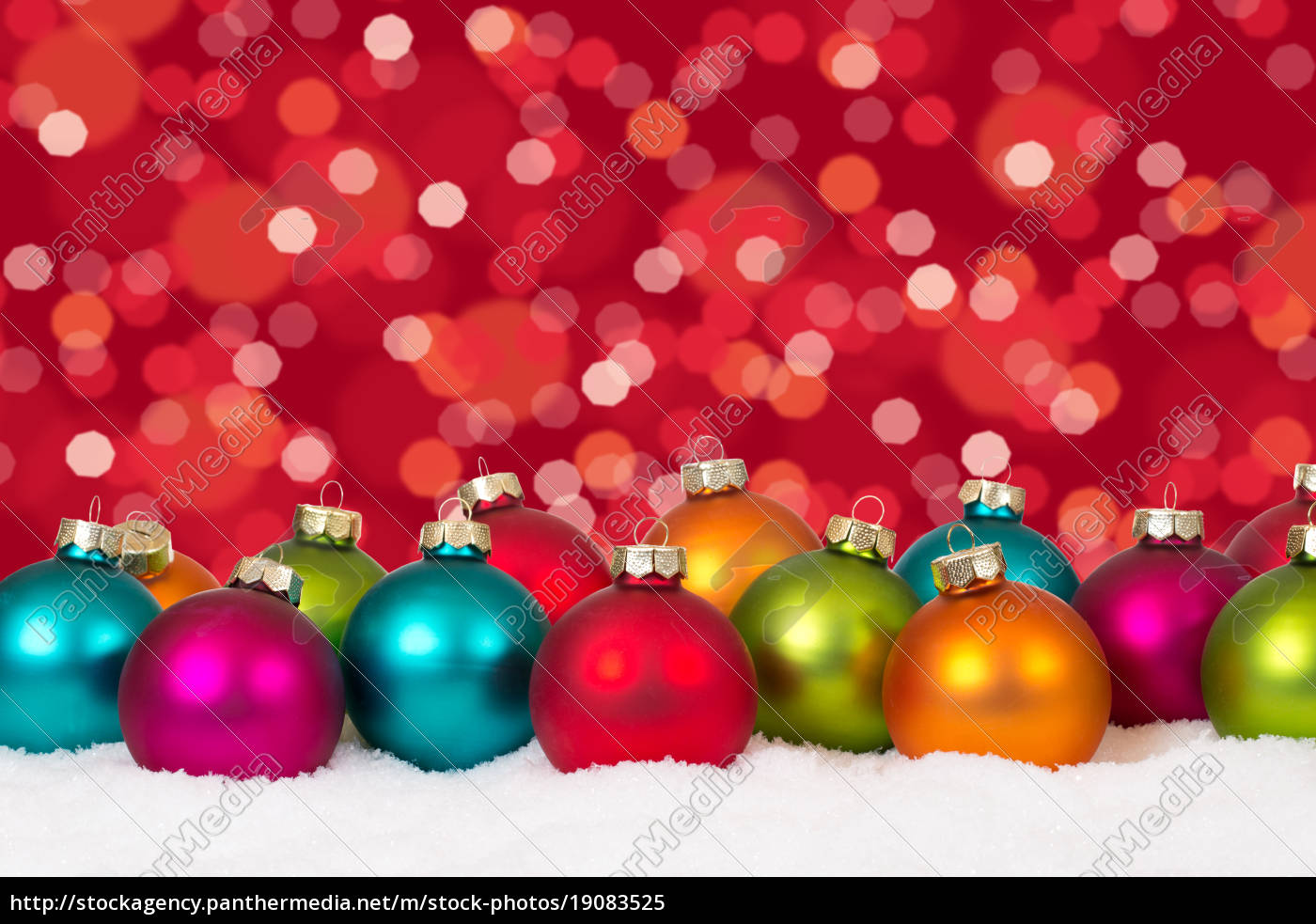 Weihnachten viele bunte Weihnachtskugeln Dekoration - Stockfoto ...