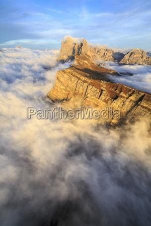 sonnenuntergang dolomiten wolke suedtirol nebel europa