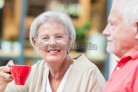 senioren, trinken, einen, kaffee - 19129549
