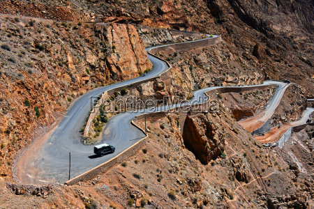 serpentine mountain trail in gorges dades