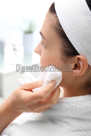 face skin a woman in the
