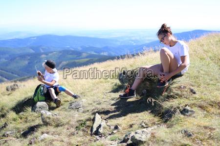odpoczynek na szlaku gorskiej wyprawy
