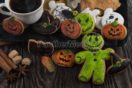 hausgemachte leckere ingwer kekse fuer halloween