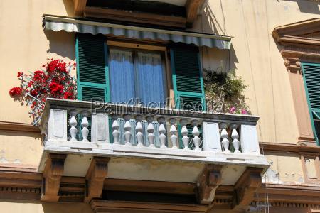 balkon altstadt la spezia