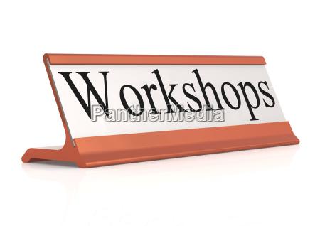 seminar diskussion praesentation moderation tafel schreibtisch