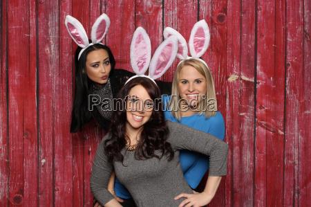 hares confetti snatch girlfriends