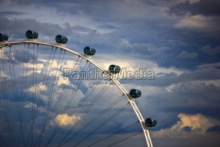 grosses riesenrad in singapur