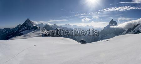 switzerlalnd mountaineers ueberschrift auf matterhorn und