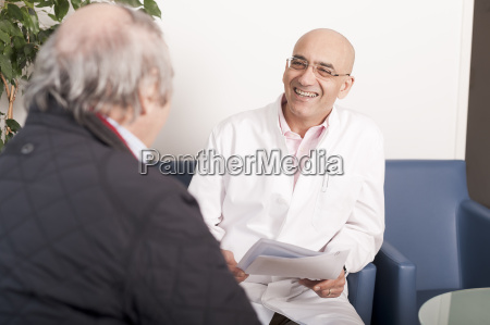 arzt mediziner medikus reden redend redet