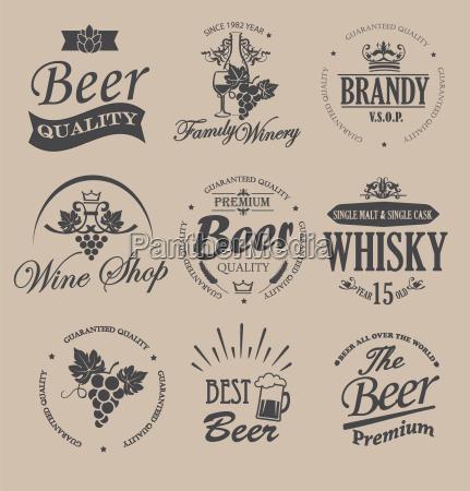 set von abzeichen und etiketten fuer