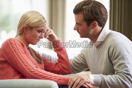 paare mit frau unter depressionen leiden