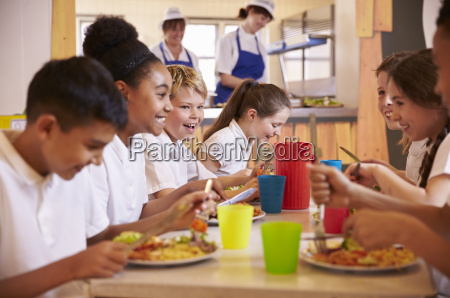 primary school kids at a table