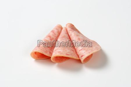 deli meat sausage slices