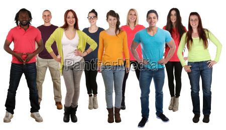 menschen lachen stehen multikulturell people integration
