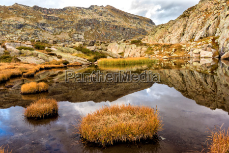 beautiful mountain lake in spain pyreness