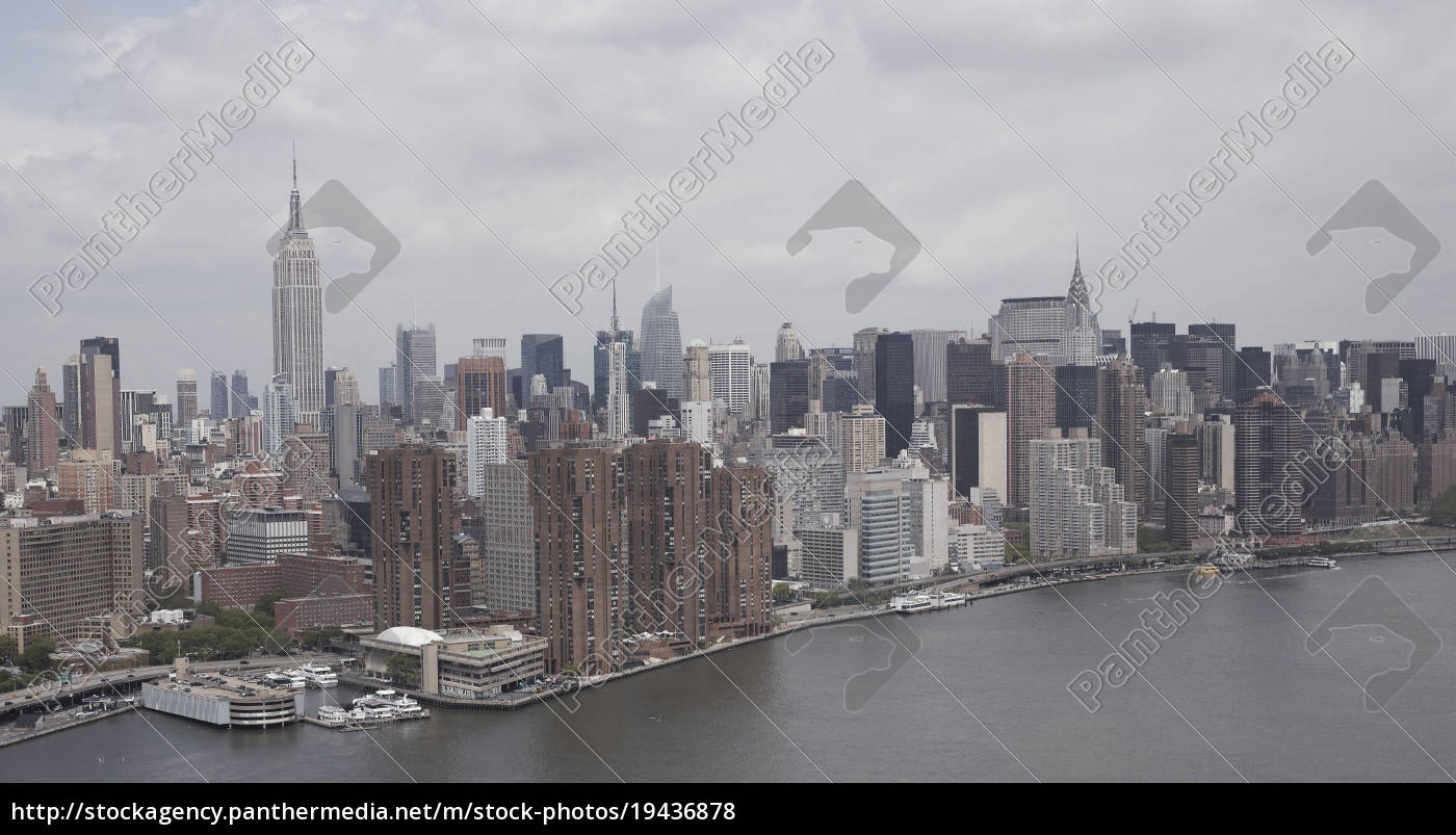 aerial, view, of, manhattan, and, the - 19436878