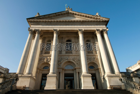 the tate britain art gallery on