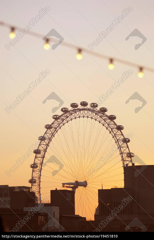 the, london, eye, ein, großes, beobachtungsrad, silhouette, von - 19451810