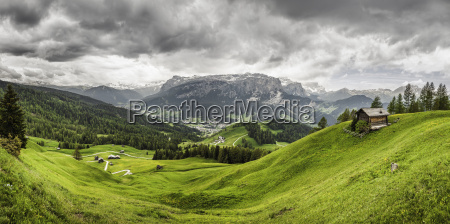 green valley heiligkreuz alta badia south