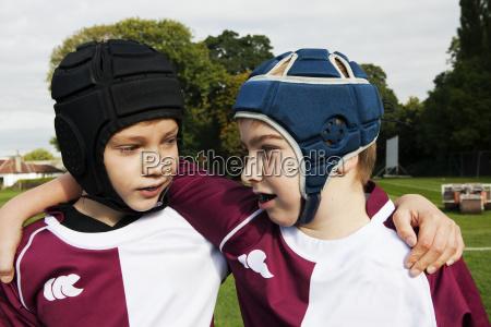freundschaft bildung ausbildung bildungswesen sport ballsport