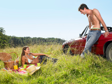 couple having a picnic in a