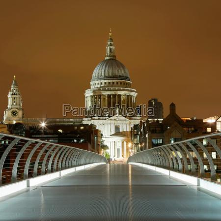 st paul es and millennium bridge