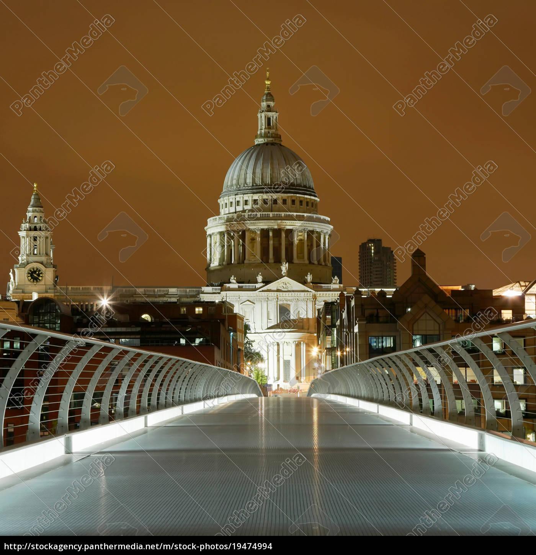 st., paul, es, and, millennium, bridge, london - 19474994