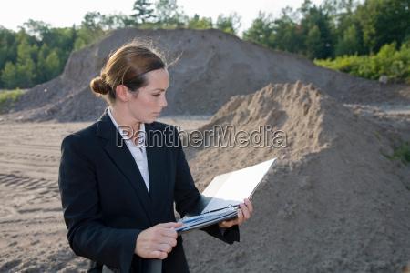 geschaeftsfrau planung entwicklung