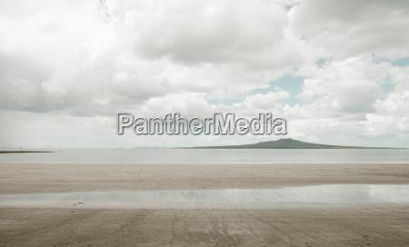 empty, beach, under, cloudy, sky - 19484726