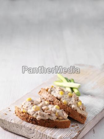 tuna and mayonnaise on sliced wholemeal