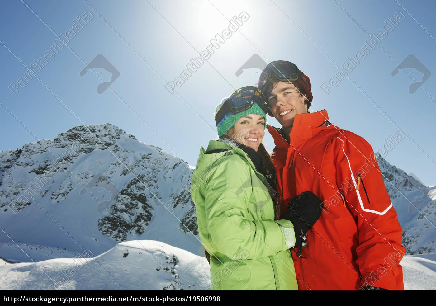 paar, mit, skibekleidung, kuhtai, Österreich - 19506998