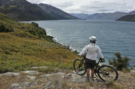 female mountain biker new zealand