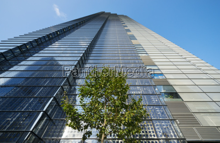 solar cells on heron tower city