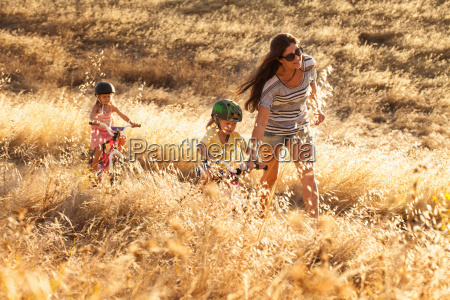 mother and daughters cycling mt diablo