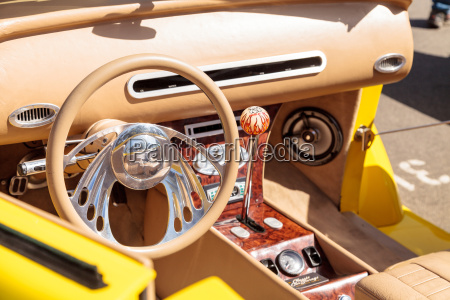 leuchtendes gelb 1937 ford coupe cabrio