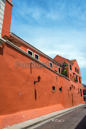 red colonial architecture in colombia