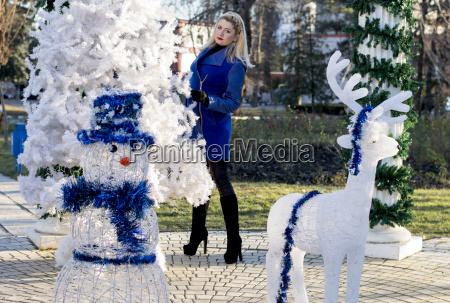 frau frauen winter neu dekoration ausschmueckung