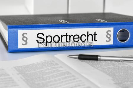 aktenordner mit der beschriftung sportrecht